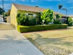 12219 Cornuta Avenue, Downey, CA 90242 (#PW21233427) :: Compass