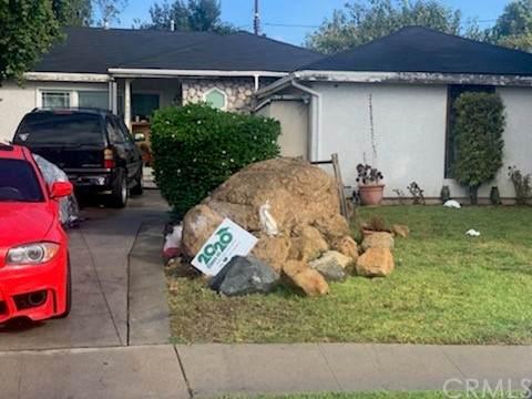 9691 Elon Avenue, Arleta, CA 91331 (#TR21234464) :: The Kohler Group