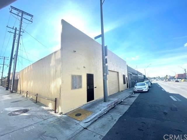 228 E Pacific Coast, Long Beach, CA 90806 (#DW21234972) :: Frank Kenny Real Estate Team