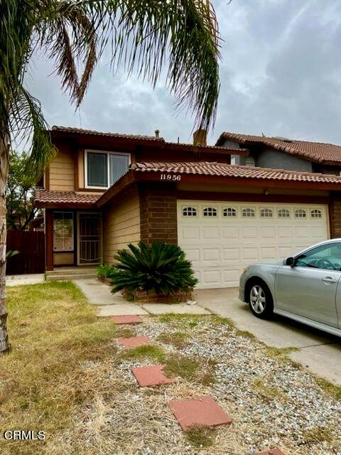11956 Sugar Creed Court, Moreno Valley, CA 92557 (#P1-7216) :: Compass