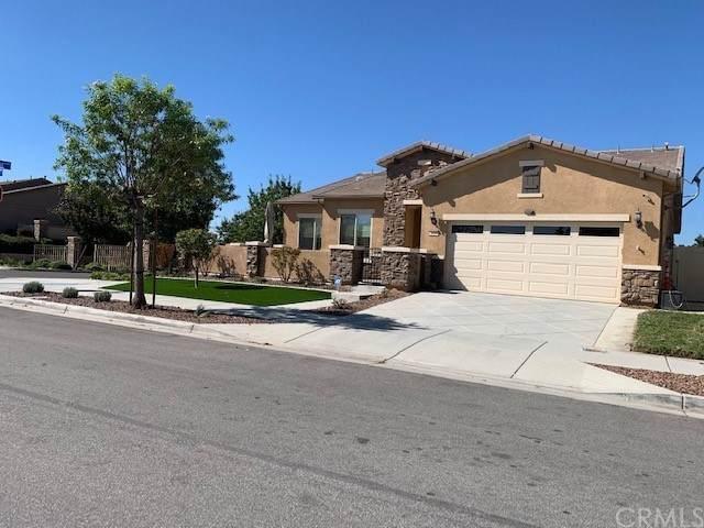1439 Camino Sueno, Hemet, CA 92545 (#SW21235385) :: Blake Cory Home Selling Team