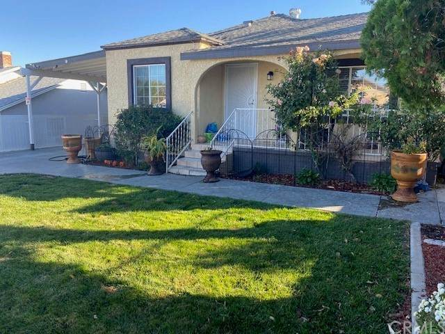 16767 Tracy Street, Victorville, CA 92395 (#EV21236661) :: American Real Estate List & Sell