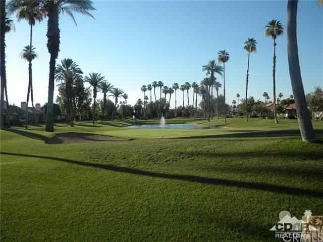 276 Castellana, Palm Desert, CA 92260 (#214082612DA) :: Fred Sed Group