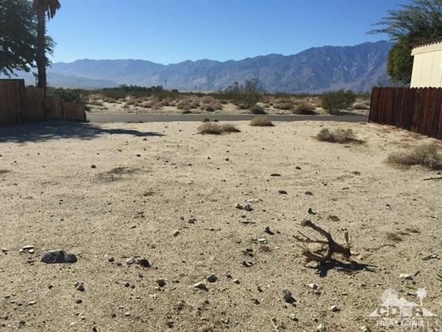 69274 Crestwood Drive, Desert Hot Springs, CA 92241 (#214087261DA) :: The Results Group