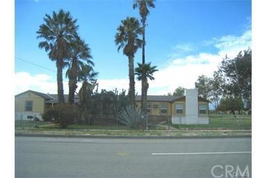 7430 Sierra Avenue, Fontana, CA 92336 (#PV17047010) :: RE/MAX Estate Properties