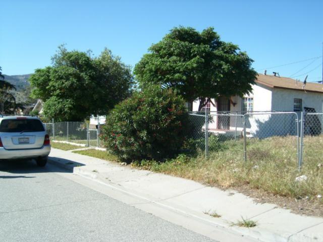 879 Allen Street - Photo 1