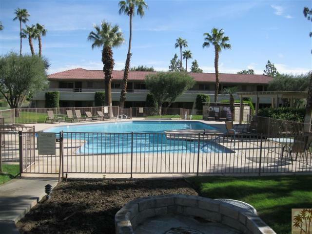 2860 N Los Felices Road #108, Palm Springs, CA 92262 (#41462690) :: Impact Real Estate