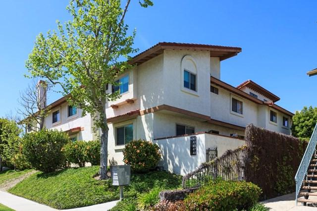 4245 Howard Avenue #10, Los Alamitos, CA 90720 (#OC17074481) :: Kato Group