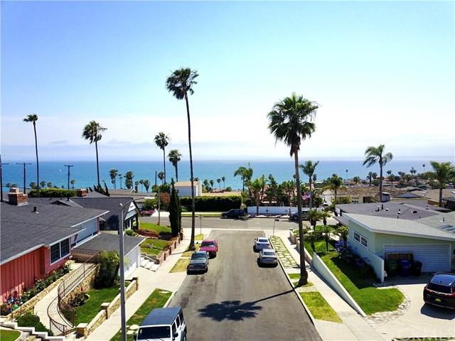 3426 Gurnard Avenue, San Pedro, CA 90732 (#SB17141476) :: Kato Group
