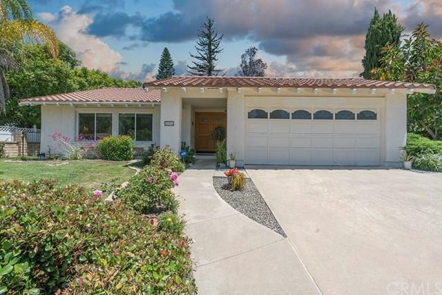 26901 Recodo Lane, Mission Viejo, CA 92691 (#OC17142886) :: DiGonzini Real Estate Group