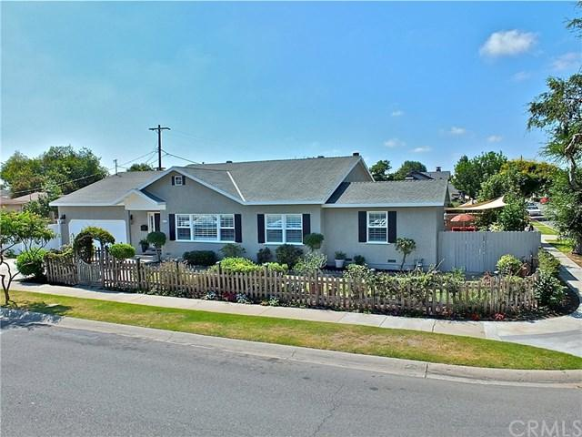 4552 Green Avenue, Los Alamitos, CA 90720 (#PW17186810) :: Kato Group