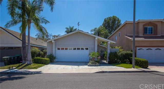 141 The Masters Circle, Costa Mesa, CA 92626 (#SR17190147) :: DiGonzini Real Estate Group