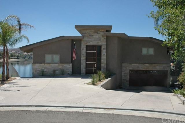 29743 Buggywhip Court, Canyon Lake, CA 92587 (#SW17189118) :: Impact Real Estate