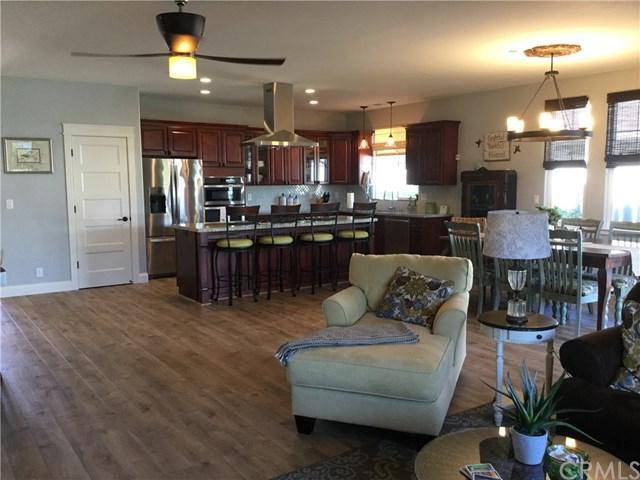 421 Rockaway Avenue, Grover Beach, CA 93433 (#PI17212968) :: Pismo Beach Homes Team