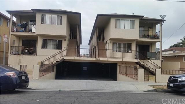 13219 Doty Avenue, Hawthorne, CA 90250 (#SB17215272) :: Erik Berry & Associates
