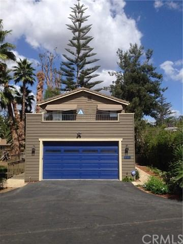 1020 Gearald Way, Fallbrook, CA 92028 (#OC17215568) :: Dan Marconi's Real Estate Group