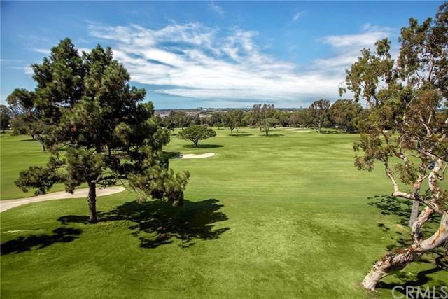 1551 Santa Barbara Drive, Newport Beach, CA 92660 (#NP17217617) :: Doherty Real Estate Group