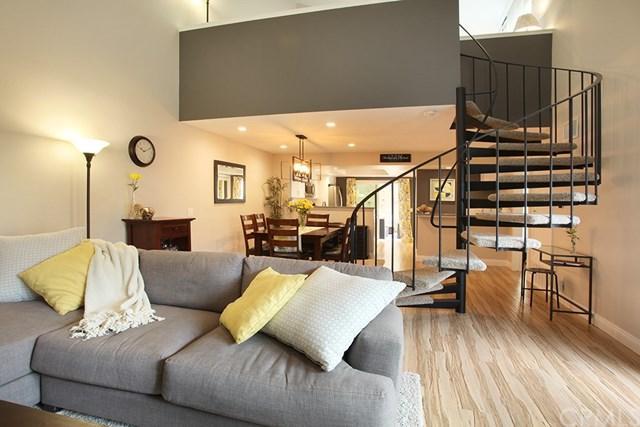 18646 Applewood Circle #31, Huntington Beach, CA 92646 (#OC17218115) :: Doherty Real Estate Group