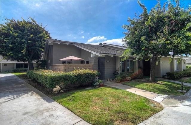8746 Placer Circle 613C, Huntington Beach, CA 92646 (#OC17218575) :: Doherty Real Estate Group