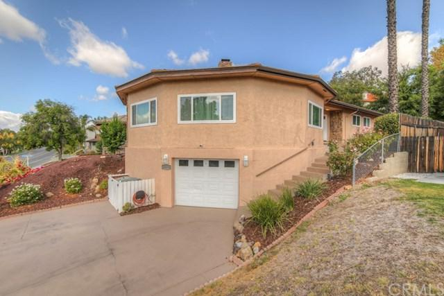 23170 N Canyon Lake Drive N, Canyon Lake, CA 92587 (#IV17218851) :: Dan Marconi's Real Estate Group