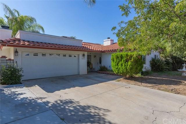26261 Stanford Street, Hemet, CA 92544 (#SW17218821) :: Impact Real Estate