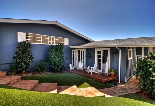 1055 La Mirada Street, Laguna Beach, CA 92651 (#OC17219346) :: Mainstreet Realtors®