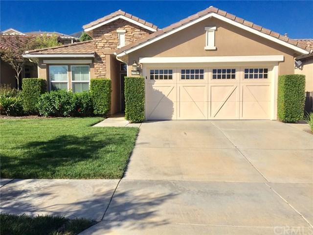 24027 Steelhead Drive, Corona, CA 92883 (#IG17220652) :: Mainstreet Realtors®