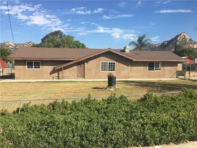 5426 5th Street, Fallbrook, CA 92028 (#SW17233625) :: Dan Marconi's Real Estate Group