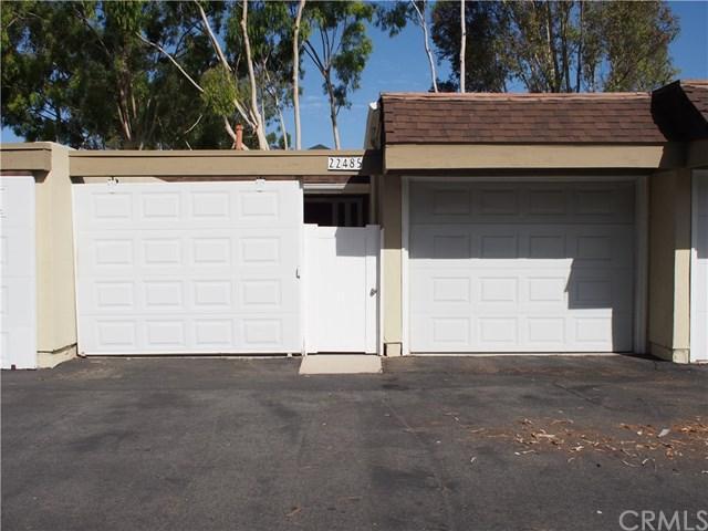 22485 Avenida Copete #111, Laguna Hills, CA 92653 (#OC17235098) :: Fred Sed Realty