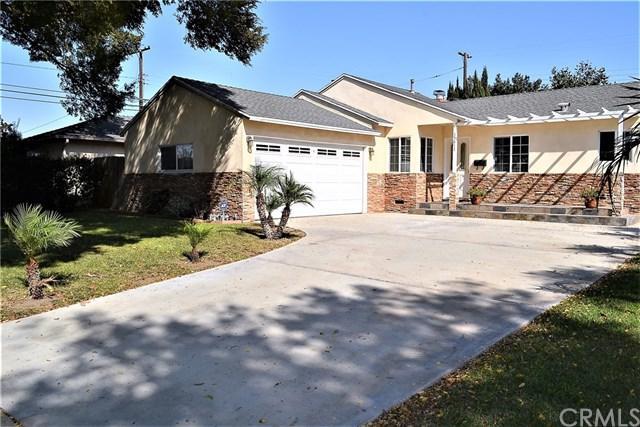 15812 Marigold Avenue, Gardena, CA 90249 (#PV17234932) :: Millman Team