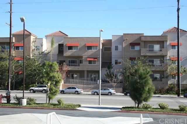 9610 Zelzah Avenue #205, Northridge, CA 91325 (#SR17237535) :: Fred Sed Realty