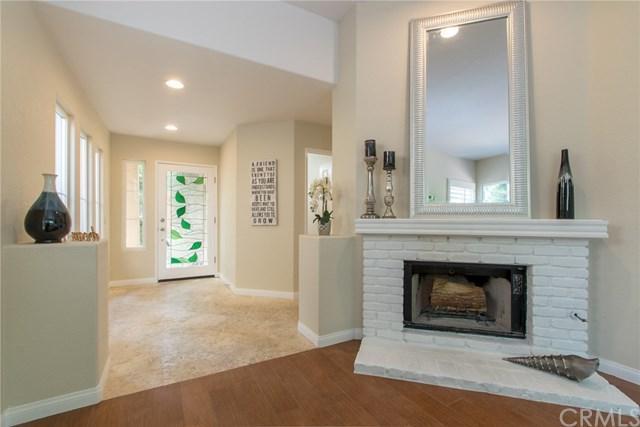 372 E 15th Street, Costa Mesa, CA 92627 (#OC17239447) :: Mainstreet Realtors®