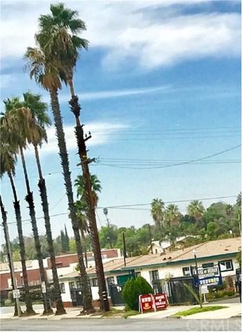 215 W Graham Avenue, Lake Elsinore, CA 92530 (#OC17240182) :: Allison James Estates and Homes