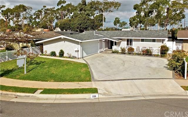 206 Hanover Drive, Costa Mesa, CA 92626 (#NP17241357) :: Scott J. Miller Team/RE/MAX Fine Homes