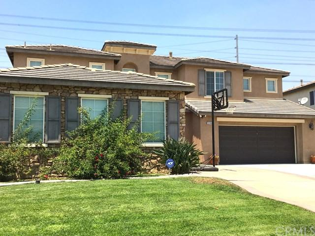13746 Apple Moss Court, Eastvale, CA 92880 (#OC17239871) :: Kristi Roberts Group, Inc.