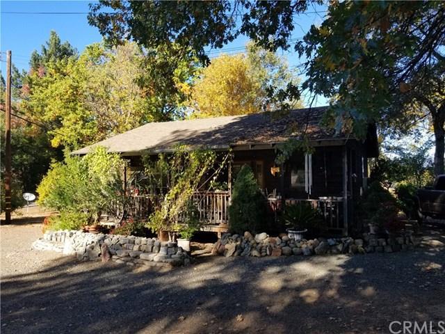 1370 Scotts Valley Rd, Lakeport, CA 95453 (#LC17243162) :: Barnett Renderos