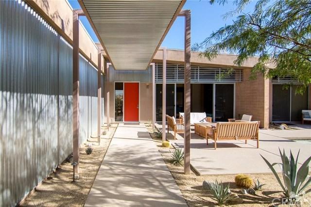 2408 Vista Drive, Palm Springs, CA 92262 (#217030404DA) :: RE/MAX Masters