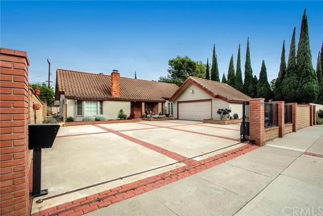 12392 Martha Ann Drive, Los Alamitos, CA 90720 (#OC17251889) :: Kato Group
