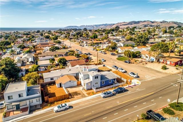 1294 Newport Avenue, Grover Beach, CA 93433 (#PI17252851) :: Pismo Beach Homes Team