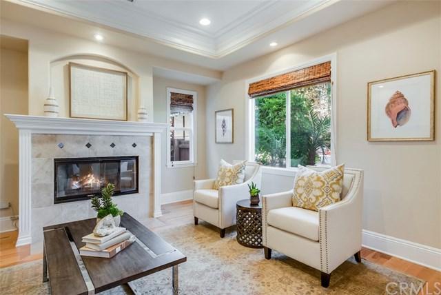 1126 11th Street, Manhattan Beach, CA 90266 (#SB17258127) :: Z Team OC Real Estate