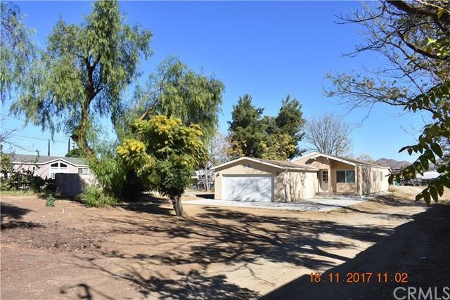 20772 Grand Avenue, Wildomar, CA 92595 (#SW17260131) :: Dan Marconi's Real Estate Group