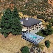 47668 Twin Pines Road, Banning, CA 92220 (#CV17259915) :: Realty Vault
