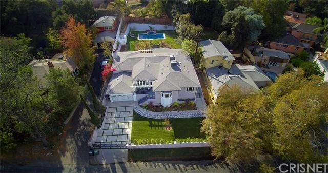 3943 Kentucky Drive, Hollywood Hills, CA 90068 (#SR17255127) :: Prime Partners Realty