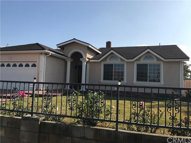 17252 Apel Lane, Huntington Beach, CA 92649 (#CV17268337) :: Z Team OC Real Estate