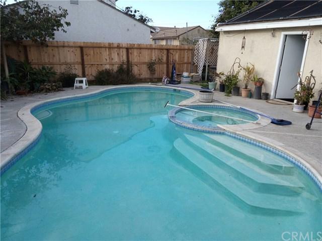 14851 Daphne Avenue, Gardena, CA 90249 (#SB17268456) :: RE/MAX Masters