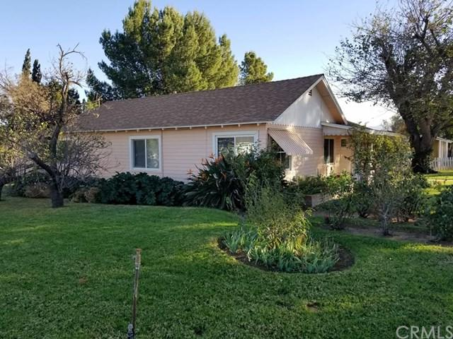 1370 2nd Street, Norco, CA 92860 (#IG17267642) :: Provident Real Estate