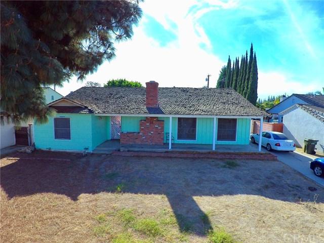9222 Lubec Street, Downey, CA 90240 (#DW17272404) :: Kato Group