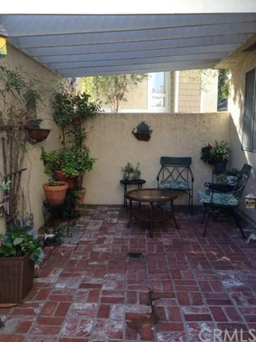 3340 E Collins Avenue #5, Orange, CA 92867 (#CV17273474) :: Teles Properties   A Douglas Elliman Real Estate Company