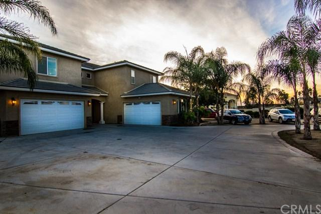 18151 Cactus Avenue, Riverside, CA 92508 (#IV17273807) :: Carrington Real Estate Services