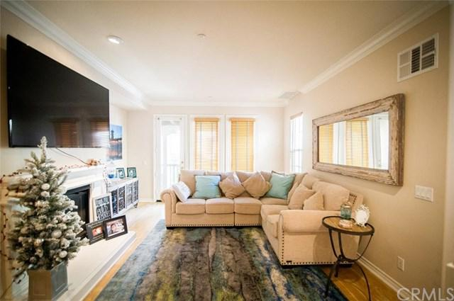 21407 Vera Circle, Huntington Beach, CA 92648 (#OC17274196) :: DiGonzini Real Estate Group